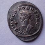 aurélianus, grand flan, Ticinium 2e off 281/82, 3.92 g, Avers: IMP C PROBUS AUG buste consulaire à gauche