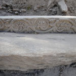 überall findet man reizvolle Elemente griechischer oder römischer Baukunst