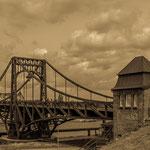 """""""Kaiser-Wilhelm-Brücke"""" von Helmut Holzer, 2. Platz (10/2014)"""