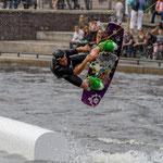 """""""Wasserboarder"""" von Helmut Holzer, 2. Platz (05/2015)"""