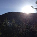 浅間山から顔を出す日差し