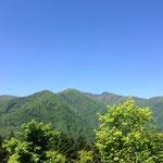 三峰神社駐車場からの抜群の眺め