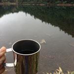 景色を眺めながらコーヒータイム