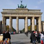 ベルリンのシンボル「ブランデンブルク門」