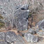 立身石の上