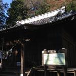 ひっそりとした晃石神社