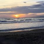 ... und bei Sonnenuntergang noch ruhiges Wetter