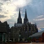 Start in Köln bei Gewitterstimmung