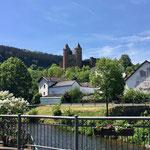 Burg in Mürlenbach