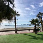 nette Promenade am Mar entlang