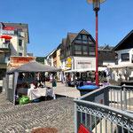 Sommerlicher Markt am Samstag