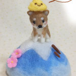 富士山頂でスッキリ爽快(笑)頭上のモノはw