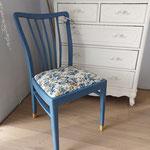 "Nachher. Farbe Annie Sloan ""Greek Blue"", Füße in ""Arles"""