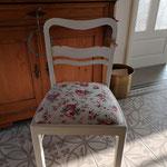 """Nachher. Farbe von Annie Sloan """"Old White"""", Sitzkissenstoff Ikea."""