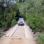 Abenteuerliche Brücken welche ich nach Möglichkeit gemieden habe! Ich fuhr lieber durch die Flüsse!
