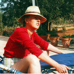 ms b in Javea with hat