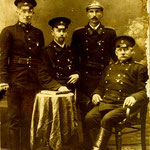Ok. 1912, działacze OSP, komendant(siedzi)