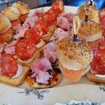 Toasts variés, Traiteur anniversaire