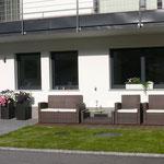 Aussenbereich samt Sonnenterrasse und Gartenmöbeln Apartment Horberg - Apart Rauch