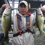 ■釣り人:渕上氏                 ■場 所:山ノ下沖                 ■リ グ:ノーシンカ                 ■サイズ:48~40cm