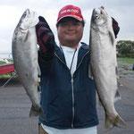 ■釣り人:村田様                 ■場 所:安曇川沖                 ■リ グ:ビワマス                 ■サイズ:52cm~多数匹