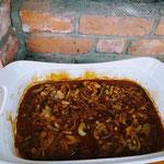 Zwiebelfleisch aus dem Steinbackofen