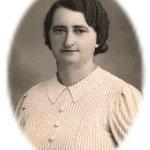 Seine Frau Agnes Streyczek