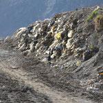 16.03.2013 Particolare della III Tappa del deposito rifiuti solidi