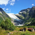 Another vista of Jostedalsbreen