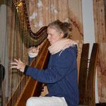Jona Pesendorfer verzauberte alle mit seinem Harfenspiel