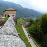 Muri perimetrali castello di Thun (Tn)