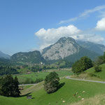 Blick vom Weg nach Hondrich auf den Chienberg bei Wimmis