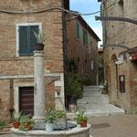 Dorf Chiusure