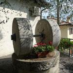 Olivenmühle aus Stein