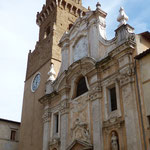 Dom der ebenfalls Pietro e Paolo geweiht ist