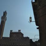 Palazzo Pubblico mit dem Torre del Mangia