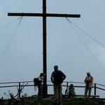 Das Kreuz auf der Schönegg, leider bei Nebel
