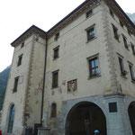 Palazzo Pretoria, Rathaus von Riva mit grosser Loggia