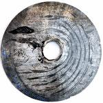 SCUDO N°7  2019 - diametro 75cm-vernice/metallo inciso