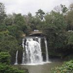 チャニア・フォールズという滝