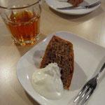 店主・ちえさんお手製の茶葉を使ったティーケーキ。紅茶と生クリームとの相性がバツグンでした!
