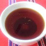 茶こしを通り抜けてしまうほど、細かい茶葉です。
