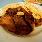 鶏の丸揚げ1/4とフライドポテト(チップス)