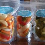 季節の野菜のピクルス。食卓のお供に、お弁当の付け合わせに、お酒のおつまみに・・いかがですか(^-^)