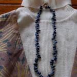 作家:yohaku 品名:necklace「海の譜」 サイズ:長さ約50cm 価格:12,960円(税込) 送料:一律500円(クロネコヤマトコンパクト利用) 素材:真鍮金具、デュモルチェライト、チェコガラスビーズ