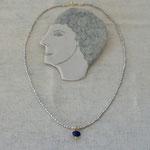 作家:yohaku 品名:necklace「青い目をした白猫のための首飾り」 サイズ:長さ約40cm 価格:9,720円(税込) 送料:610円〜(ゆうパック60サイズ、地域により価格が異なります。) 素材:14kGF金具、淡水パール(グレー)、ラピスラズリ、ヴェルメイユ金具