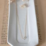 作家:yohaku 品名:necklace 「tous les jours -chane40 / harkimer diamond-」 サイズ:長さ約40cm 価格:9,720円(税込) 送料:一律500円(クロネコヤマトコンパクト利用) 素材:14kgfチェーン、ハーキマーダイヤモンド