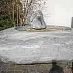 Brunnen aus Maggia-Granit