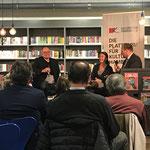 Podiumsgäste mit dem Moderator Daniel Kaiser, Foto: Renate Kammer