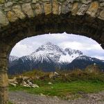 Tor auf der Ruine Schlosskopf.